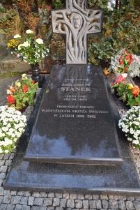 Proboszcz Zbigniew Stanek - mniejsze